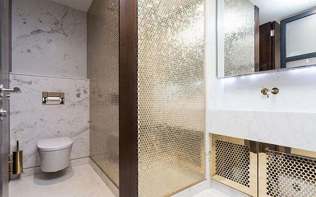 伦敦现超豪华写字楼 有镀金厕所大理石楼梯
