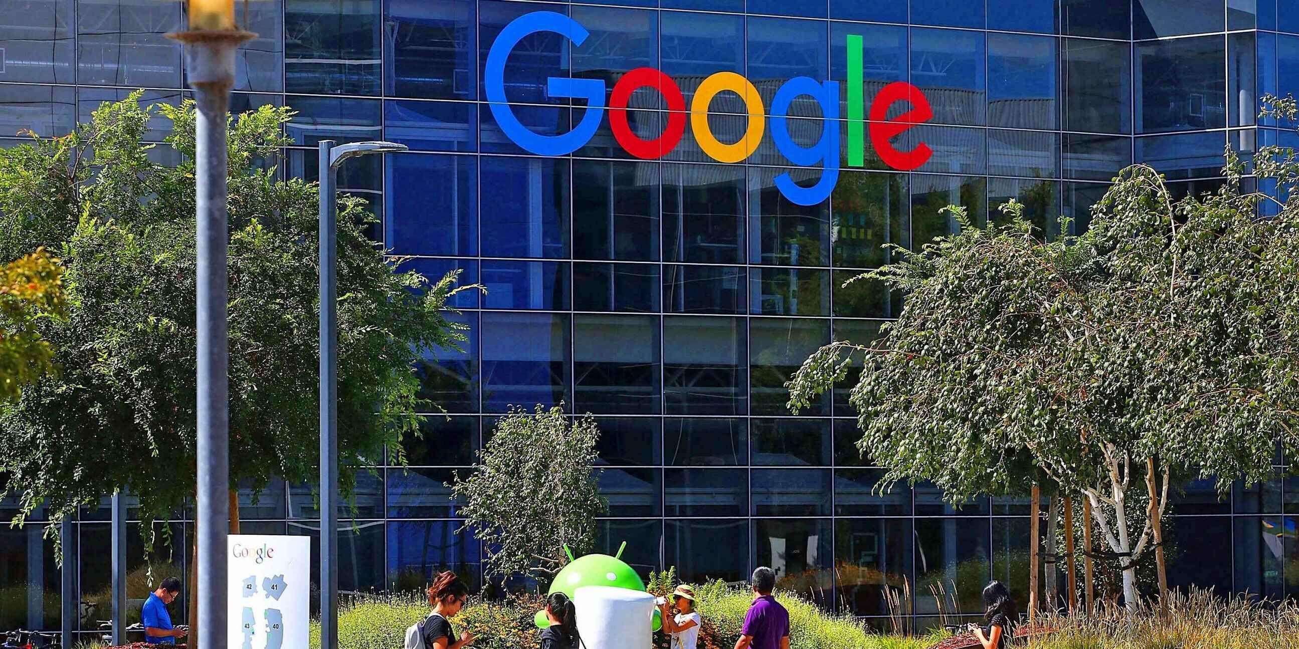 美23岁谷歌员工为省高额房租住卡车