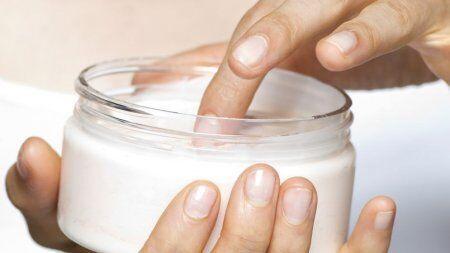 皮肤老化原因多 法媒解密化妆品如何抗衰老