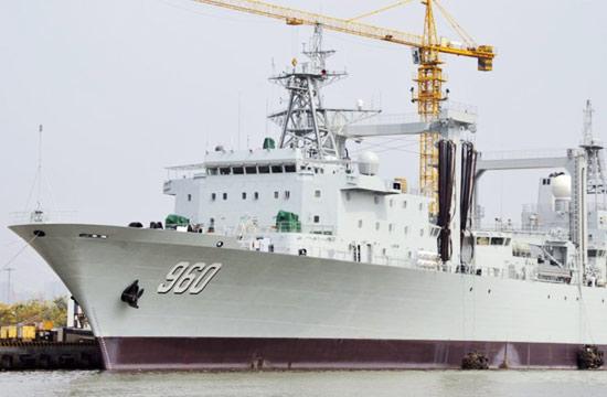 国产最新远洋补给舰即将完工