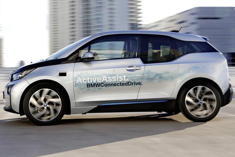 宝马CEO证实i系列将推新电动车 比i3更大