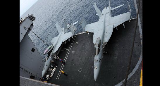 美军南海岛礁嚣张的倚重力量