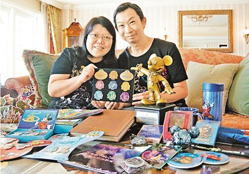 """香港夫妻痴迷迪士尼 每月入园""""朝圣""""13次"""