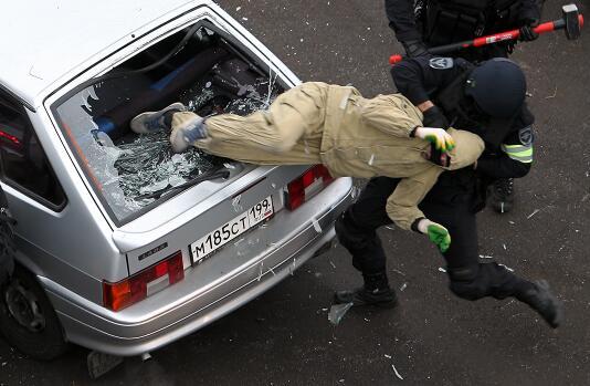 俄罗斯反恐部队作风实在彪悍暴烈
