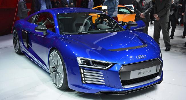 奥迪R8或搭载涡轮增压5缸发动机