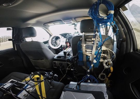 福特汽车机器人耐力测试技术趋于成熟 公开出售
