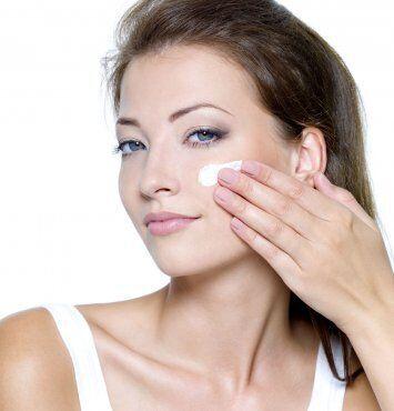 想要美肤保湿为先 外媒教你如何有效给肌肤补水