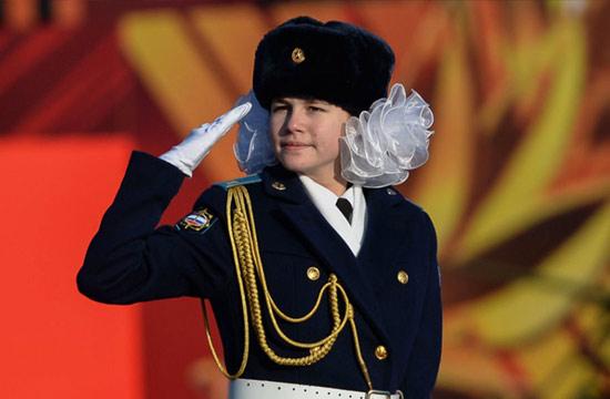 莫斯科红场大阅兵军校女生抢眼
