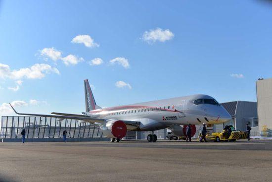 日本欢呼国产客机首飞成功 部分技术领先中国
