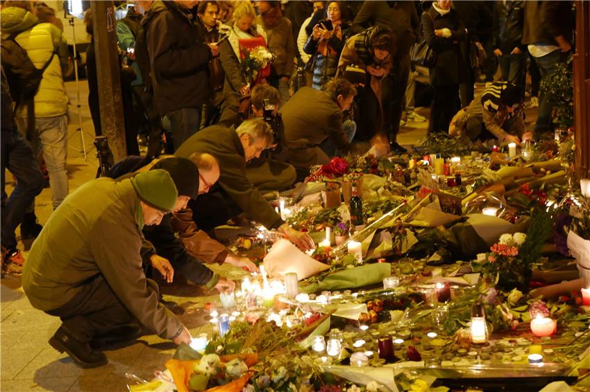 巴黎:回到案件现场