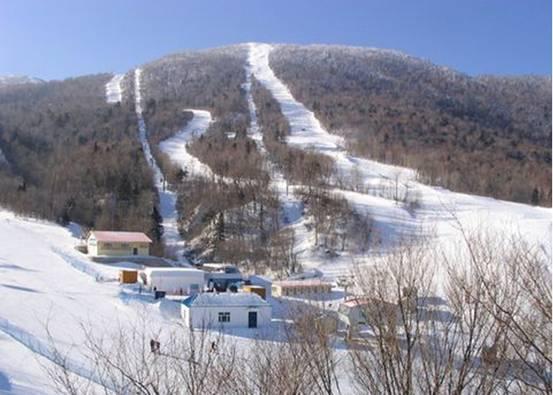 山东济南金象山滑雪场