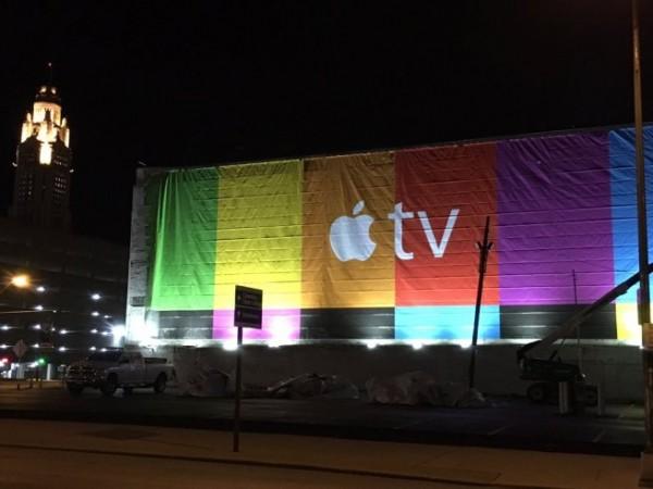 苹果继续Apple TV宣传,全美范围出现五彩广告牌