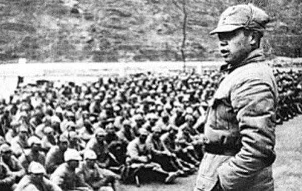 山东八路军抓日本女人换物资 击毙日少将