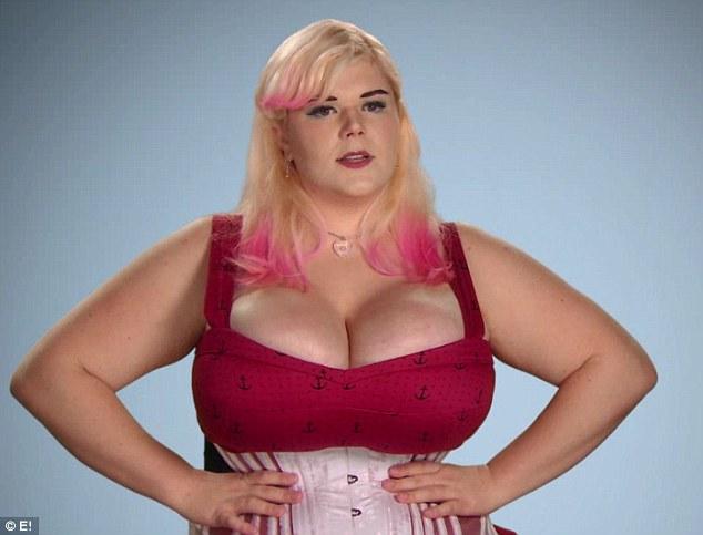 美真人秀整容节目:女子长年穿束腰紧身衣变畸形