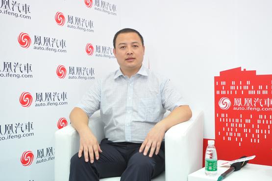 冯有成:江淮全新电动SUV续航达300公里