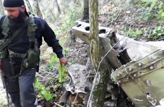 俄军被击落苏24战机残骸曝光