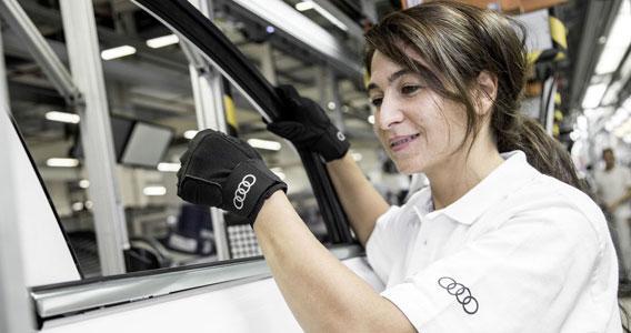 奥迪测试人体工学手套 将在今年投入使用