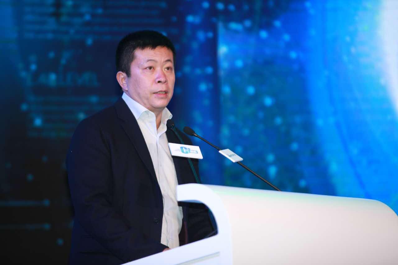 曹国伟:传统产业与互联网相结合 需经历转型阵痛