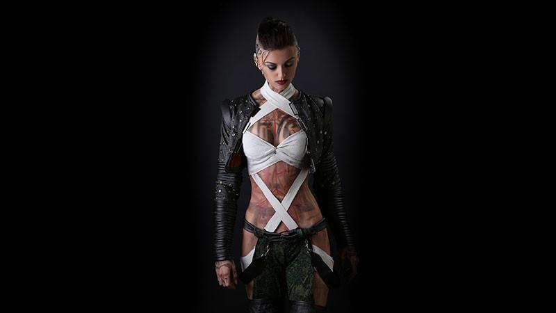 美女COS《质量效应》杰克 绷带裹体迷人身材