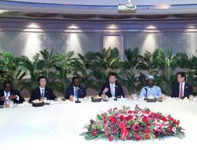 习近平再次集体会见部分非洲国家领导人