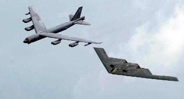 三世同堂远程轰炸机:B-1 B-2 B-52