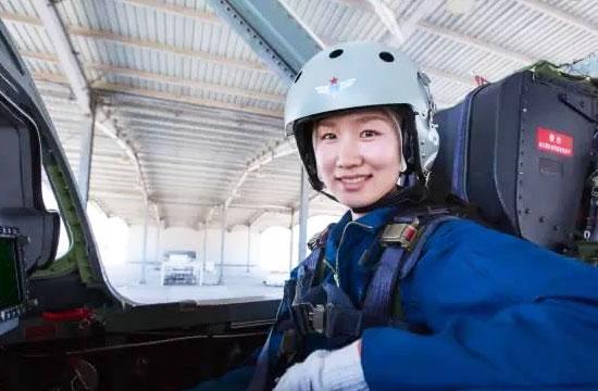 中国空军气质女飞颜值担当