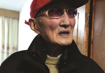 98岁老兵周广田:多年光华门遥祭牺牲战友