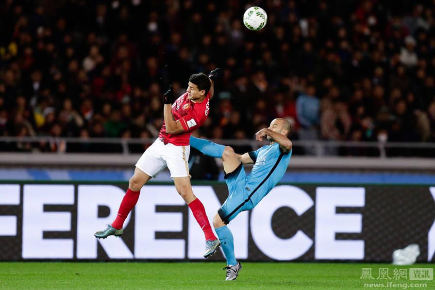 世俱杯:恒大0-3不敌巴萨无缘决赛 苏亚雷斯帽子戏法