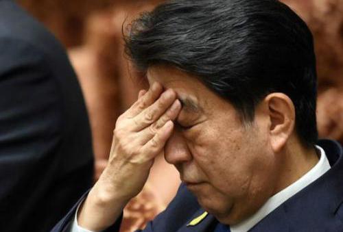 """日本待业人员的""""中年危机""""令全国战栗"""