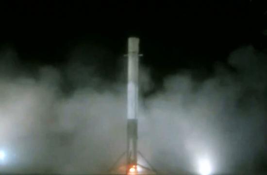 美国火箭发射10分钟后完美回收