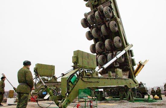 揭秘俄军如何装填白杨M洲际弹