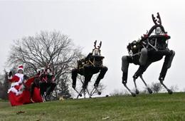 美国大狗机器人扮演圣诞驯鹿动作蠢萌