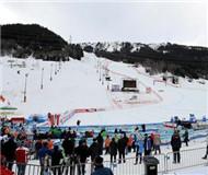 无奈!国际滑雪赛事因天气温暖降雪少被迫取消