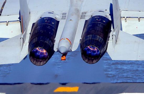 歼15舰载机史上最清晰猛照曝出