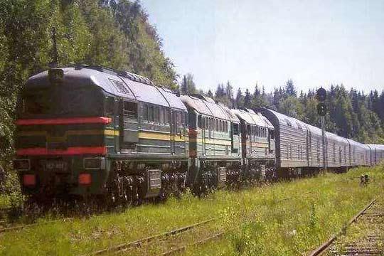 零距离视角看苏俄核导弹列车