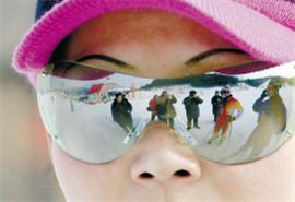 滑雪爽!眼睛被亮瞎