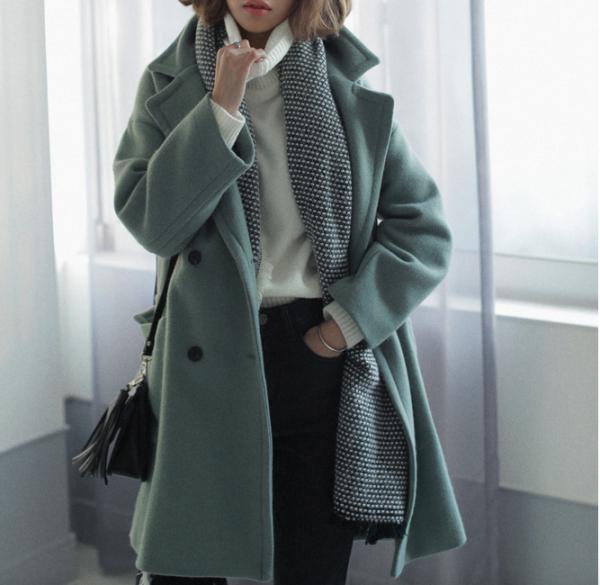 日媒教你打破单调的着装术 让冬天的搭配更加时尚