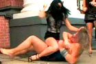 女明星穿超短裙直播打架