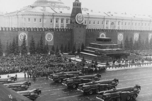 """苏联战略火箭军前世今生:冷战后降格为""""兵"""""""