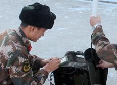 武警森林部队冬季练兵强化官兵军事技能