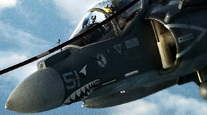 世界最成熟短垂起降战机打击IS作秀