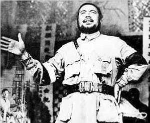 冯玉祥曾告诫蒋介石:您只有抗战这一条路