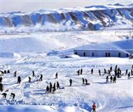 三百村民运6万袋积雪平整十三冬比赛雪道(图)