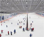 冰雪运动耀江南:浙江小镇3家滑雪场 全省9家
