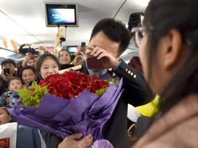 列车安全员春运前高铁求婚女友