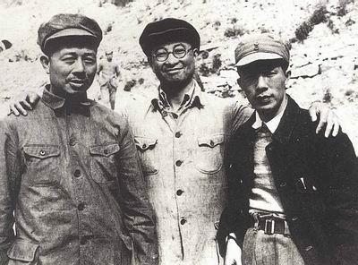 开国大将陈赓为何一生惧怕彭德怀?