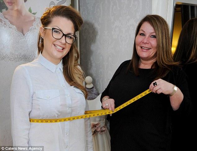 英女子花超万元英镑减肥 甩肉后被成功求婚