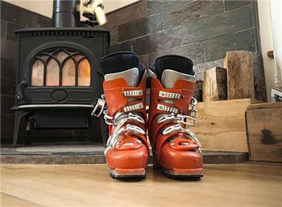 萨洛蒙新款制热滑雪靴