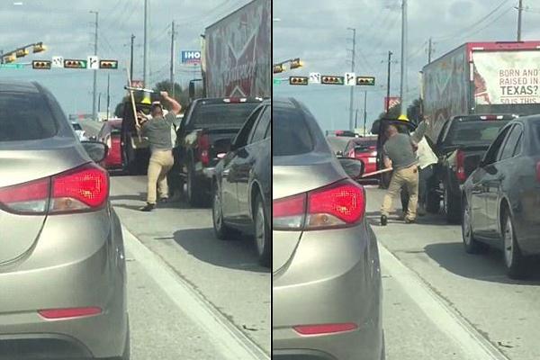 实拍美国两司机堵车时持棍棒互殴