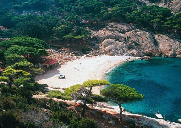 意大利神秘岛基督山 每年只对1000名游客开放